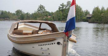 Vreelander 800 sloep antaris maril intender interboat gent seafury Korvet Jachtmakelaardij